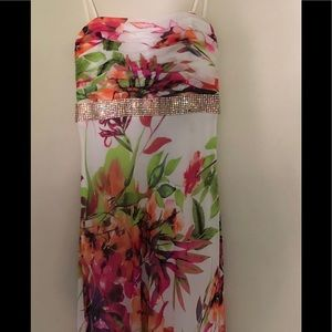 New cache formal floral maxi dress